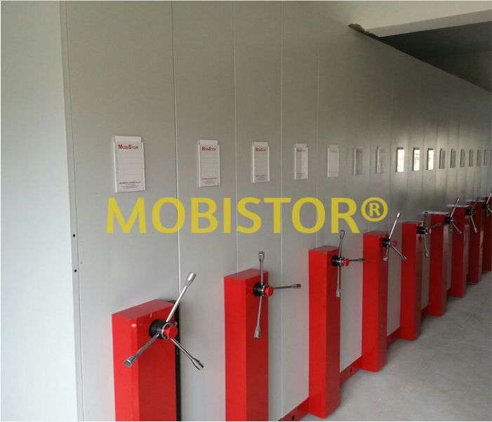 MOBILE STORAGE AND RACKING SYSTEM